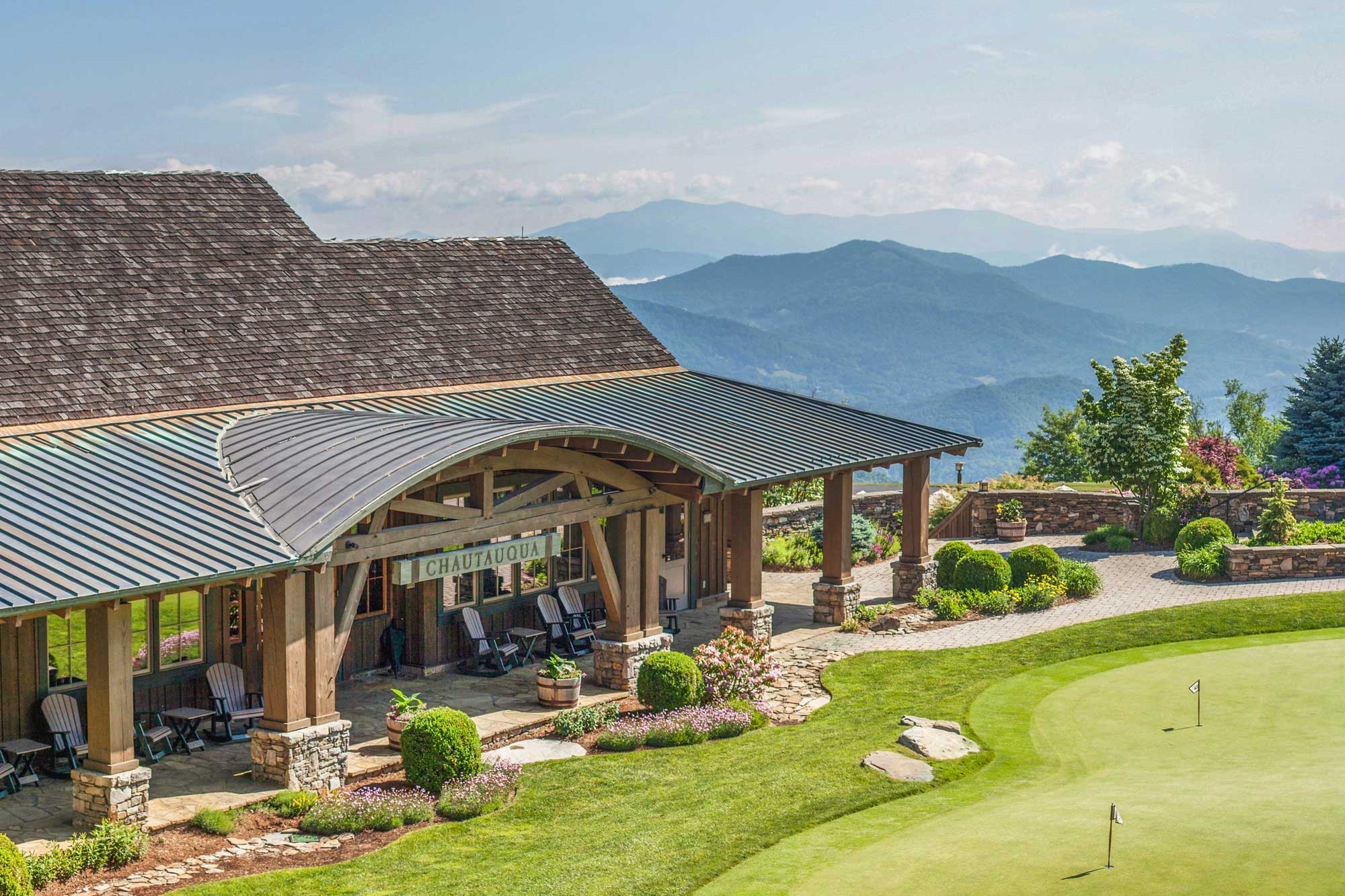 luxury golf, pool & spa at mountain air country club